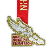 metal badge prestige custom made medals-nike budapest felmarathon 2013 medal