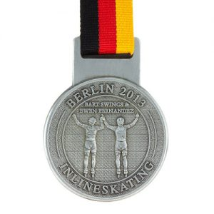 metal badge prestige custom made medals-berlin marathon 2013 medal